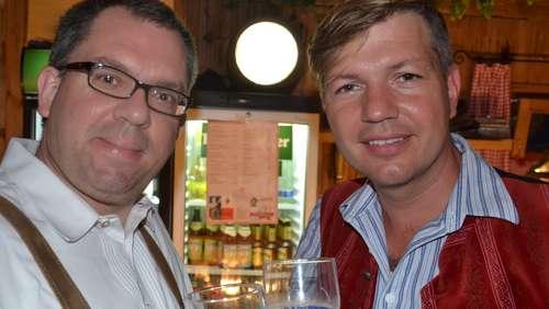 Gäste strömen gern in Bauer's Café und Weinstadl