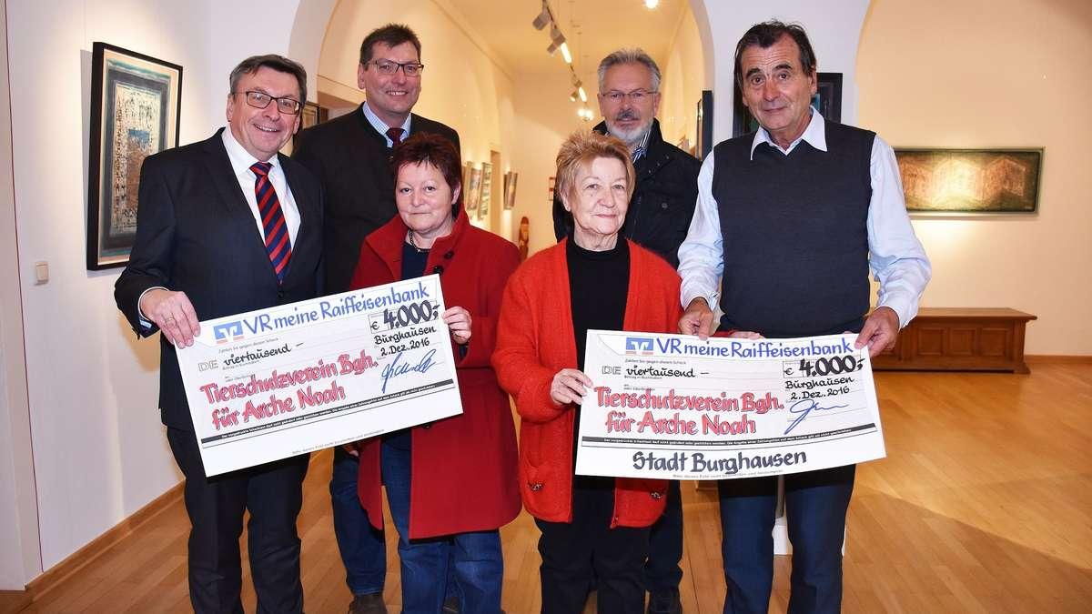 Burghausen 8000 euro f r 39 s tierheim stadt burghausen for Cuisine 8000 euros