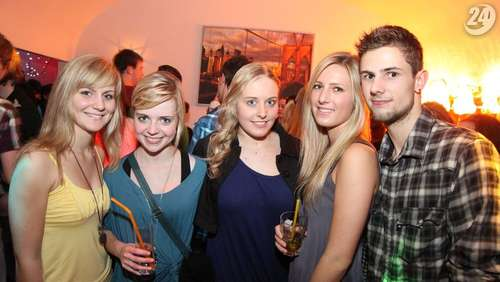 VOR SILVESTER PARTY am 30.12.2011