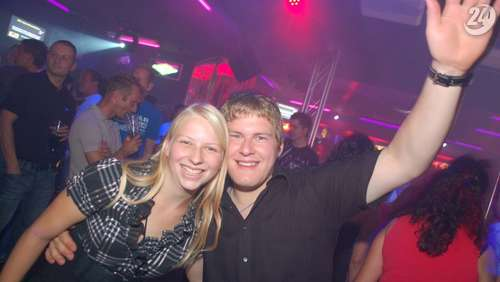 Fox Stadl: DJ Matze // Dance Club: Mega Gogo Party am 17.08.2012