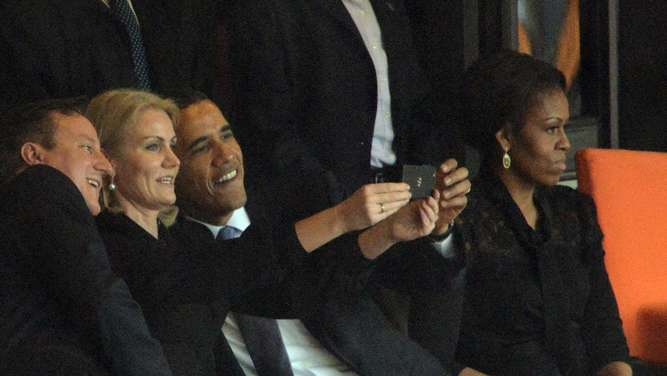 Barack Obama Michelle Selfie