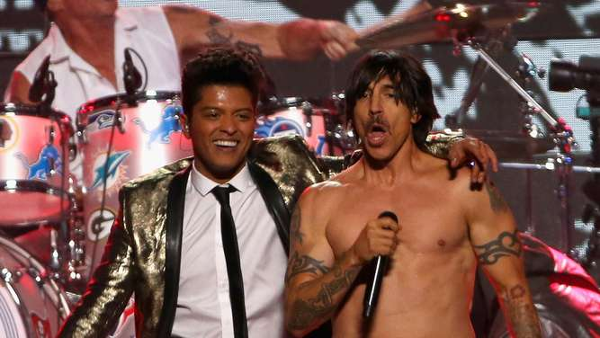 """Chili Peppers"" spielten Playback beim Superbowl"