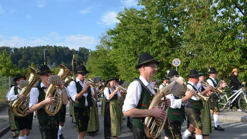 Volksfest-Start in Trostberg (1)