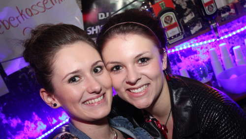 Winterschui-Party: Die Werkshalle war voll