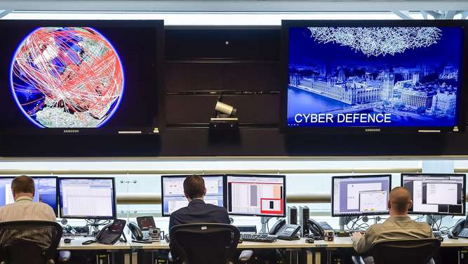 A general view of the 24 hour operations room at Government Communication Headquarters (GCHQ) in Cheltenham on November 17, 2015. AFP PHOTO / POOL / Ben Birchall