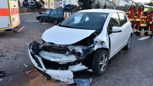 Bilder: Crash in der Mühldorfer Straße in Töging