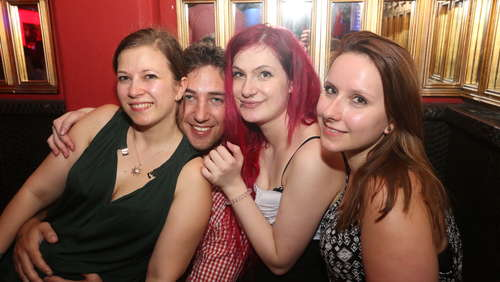 "Top-Stimmung beim After-Volksfest-Clubbing im ""Bussi Bussi Club"""