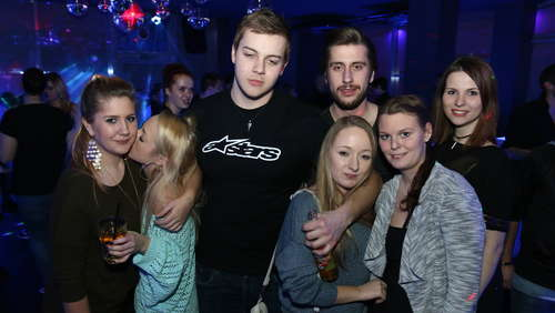 Saturday-Party im E-Lounge-Club