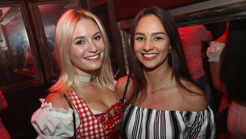 """Hirsch jagt Dirndlrock"" beim After Wiesn-Clubbing"