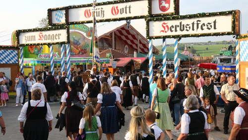 Festzug beim Haager Herbstfest (4)
