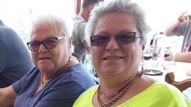 Deutsche Mutter Hat Dreier nach Scheidung