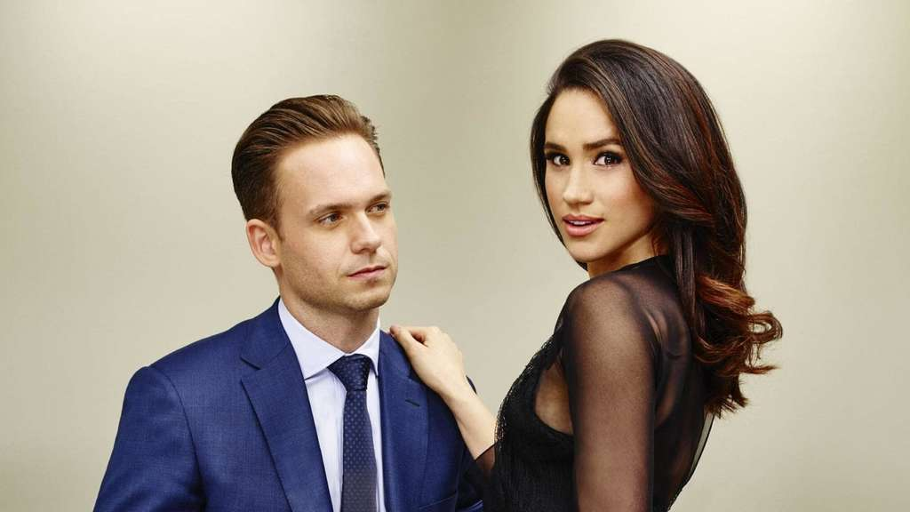"Meghan Markle und Patrick J. Adams in der Serie ""Suits""."