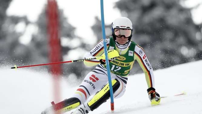 Ski-Ass Dürr beim Slalom in Are erneut furios